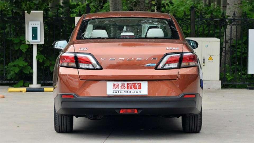 У Китаї стартували продажі перелицьованого седана Nissan Sentra