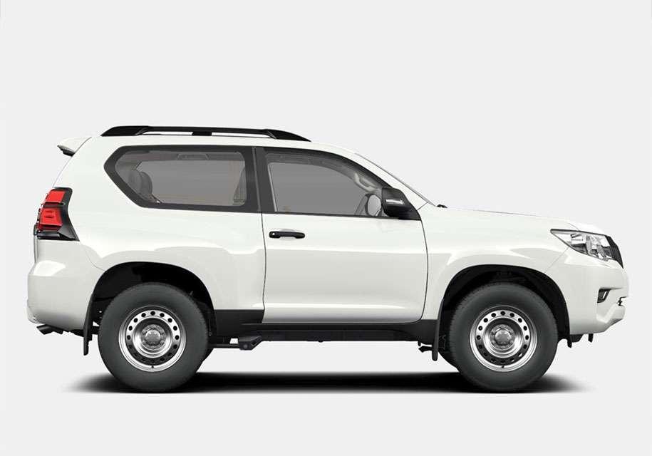 Нову «бюджетну» комплектацію отримав Toyota Land Cruiser Prado