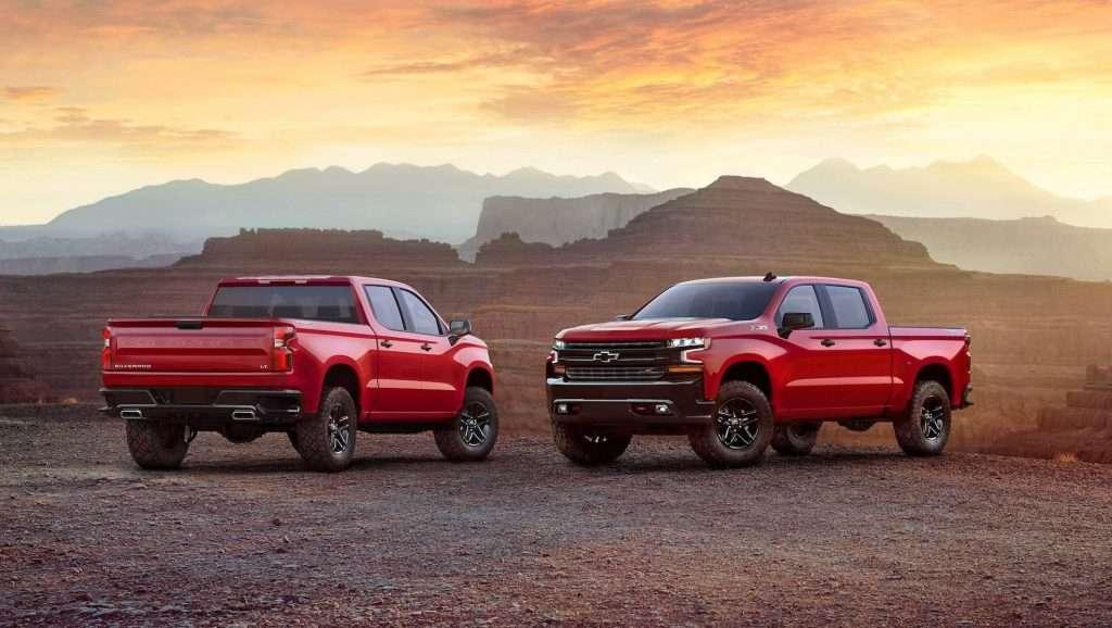 Новий пікап Chevrolet Silverado 2019 розсекретили до дебюту