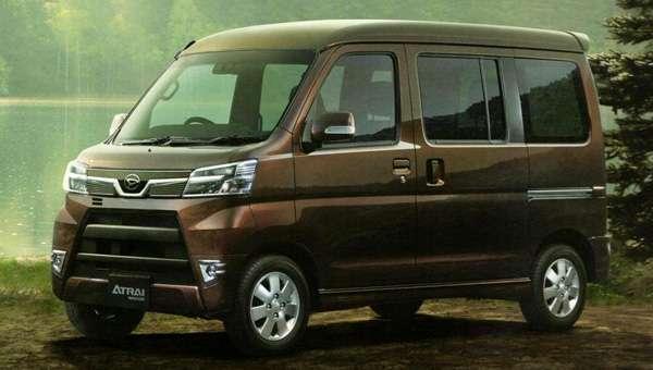 Розсекречений оновлений мікровен Daihatsu Atrai Wagon
