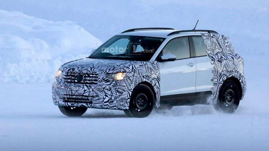 Новий кросовер на базі Volkswagen Polo випробували в зимових умовах