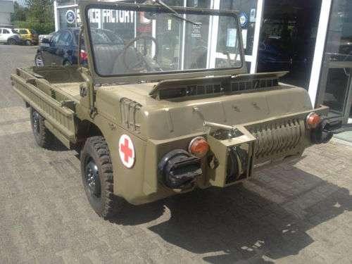 Унікальний військовий ЛуАЗ-967 без пробігу виставлений на продаж у Німеччині