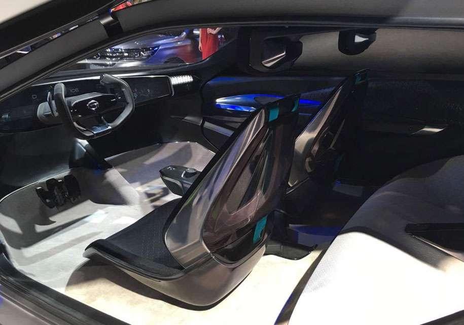 У Детройті представлений кросовер GAC Enverge без бокових вікон