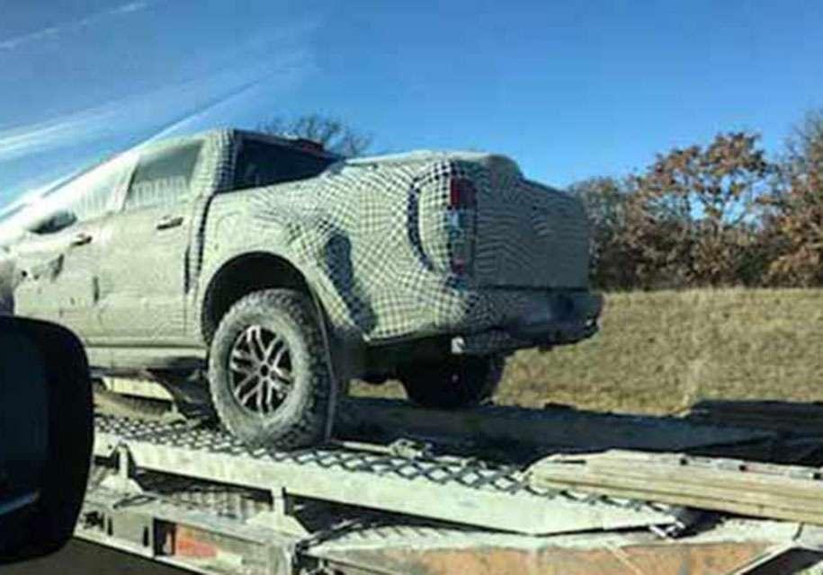 Фото екстремального пікапа Ford Ranger Raptor опублікували в Мережі