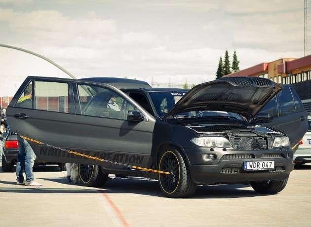 У Норвегії створюють трьохдверний тривісний кросовер BMW X5