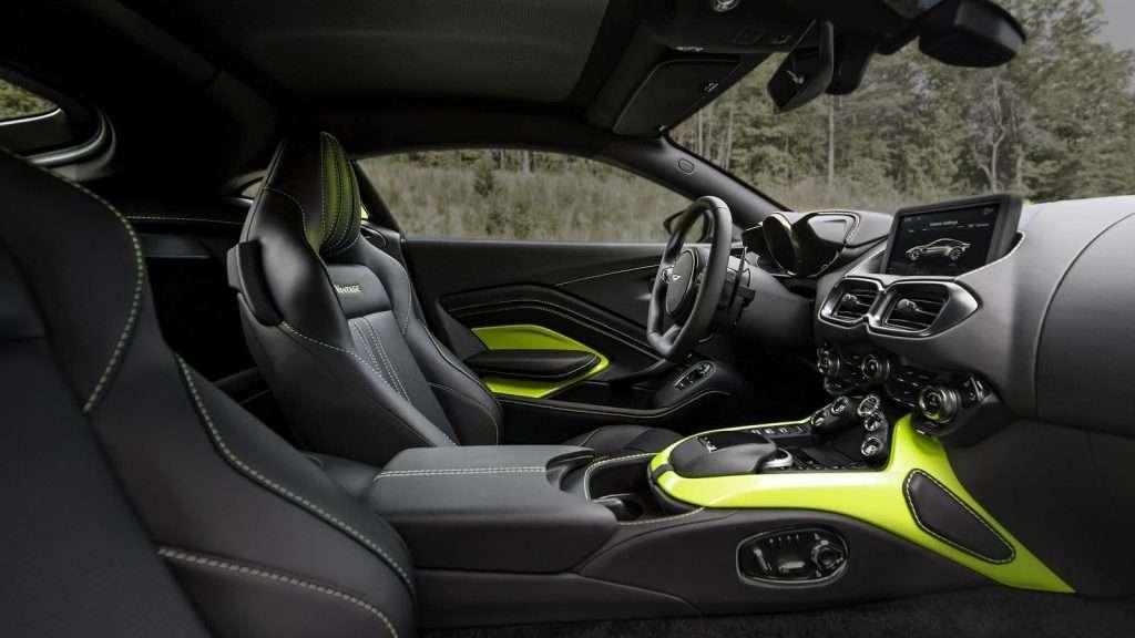 Британці представили нове покоління купе Aston Martin Vantage
