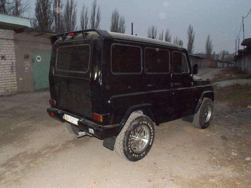 Мешканець України перетворив позашляховик УАЗ-31514 в «Гелендваген»