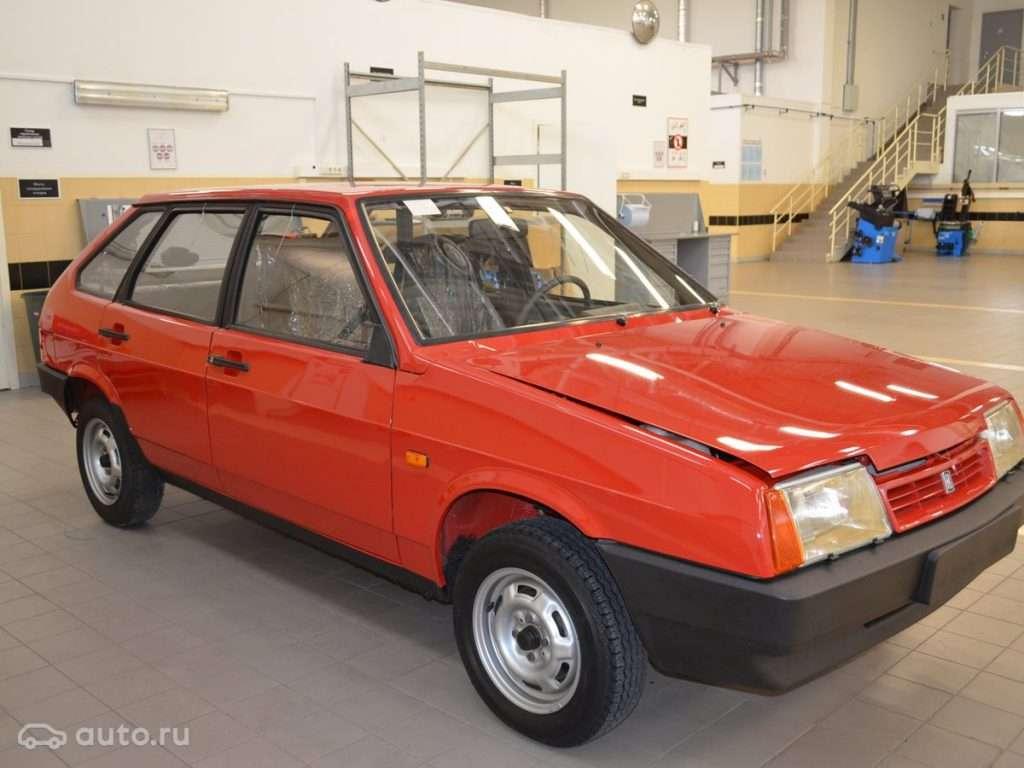 У Тольятті продають ВАЗ-2109 без пробігу за три мільйони рублів