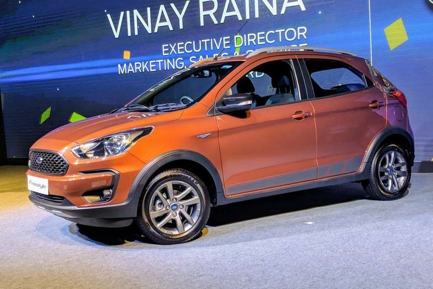Новий бюджетний кросовер Ford Freestyle представила Ford