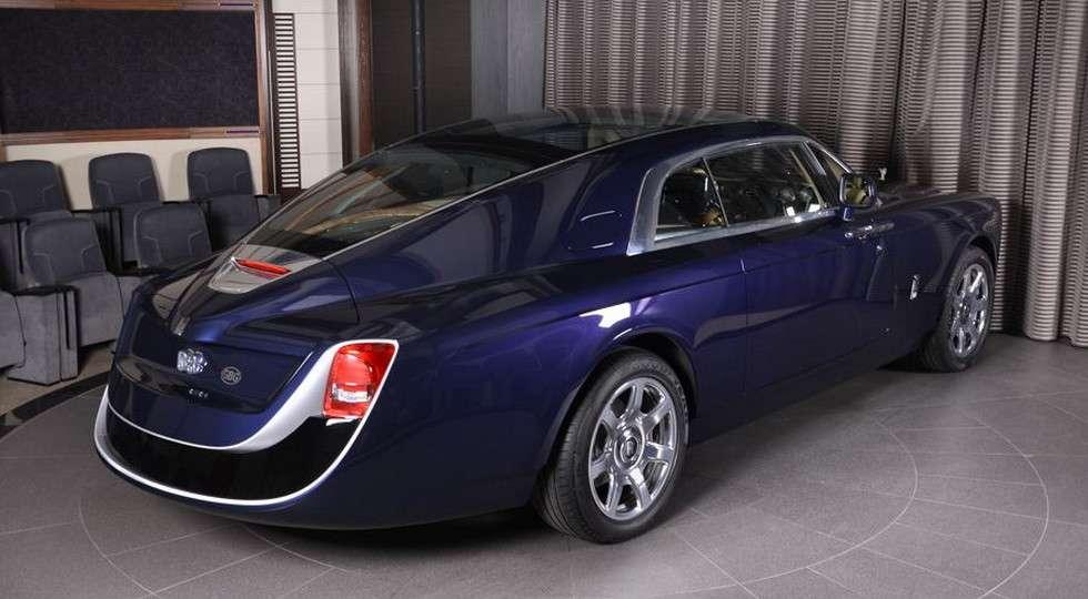 В автосалоні Абу-Дабі зявилося купе Rolls-Royce Sweptail за $12,8 млн