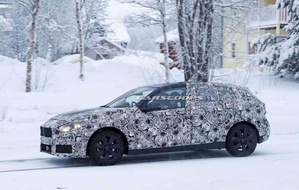 Нове покоління BMW 1-Series помітили на зимових тестах