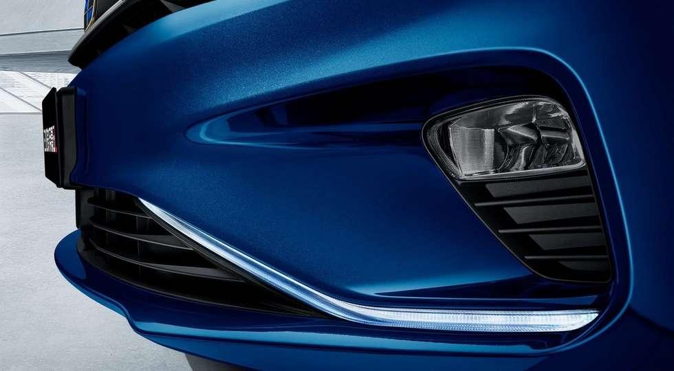 Geely представила оновлений седан Geely Emgrand GL