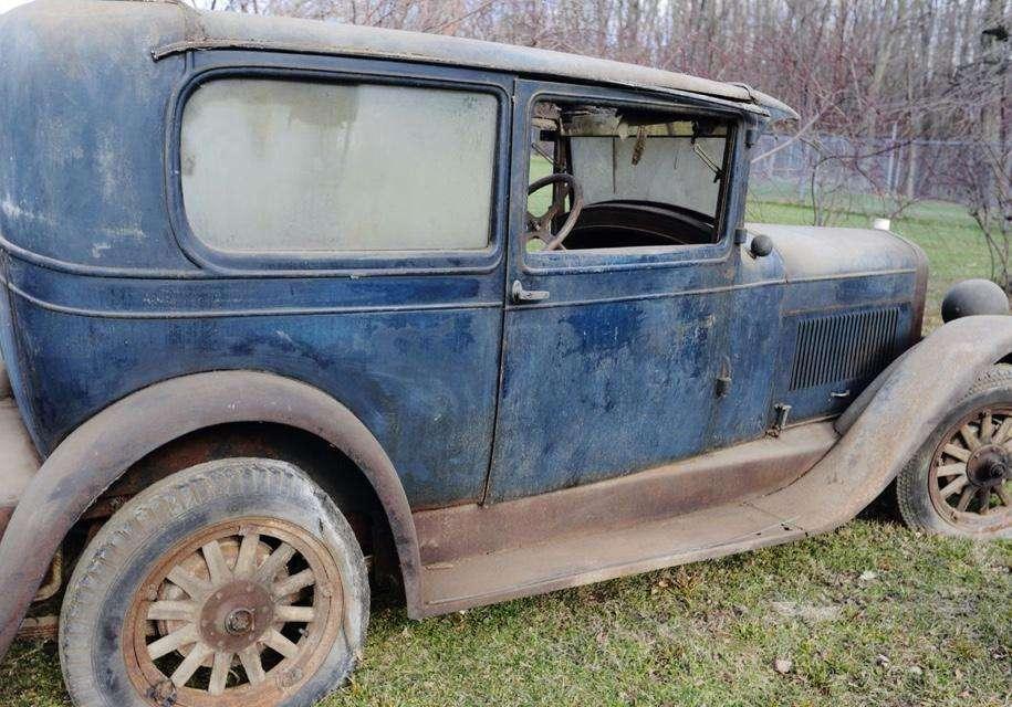 Унікальний 90-річний Marmon Model L 1927 року знайшли в гаражі в США
