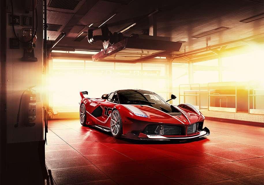 Новий 1050-сильний гібрид Ferrari FXX K Evo готується до премєри