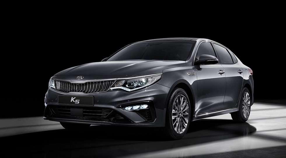 Kia офіційно представила оновлений седан Kia Optima