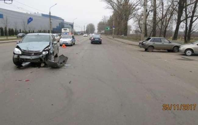 21-річний водій «ВАЗа» постраждав в ДТП з Рено Сандеро в Курську
