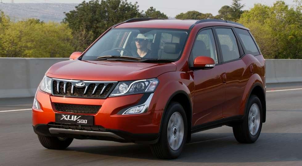 Mahindra вивела на тести оновлений кросовер Mahindra XUV500