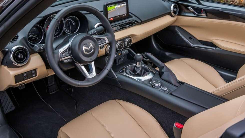 Родстер Mazda MX-5 отримав «спортивну» версію Z-Sport