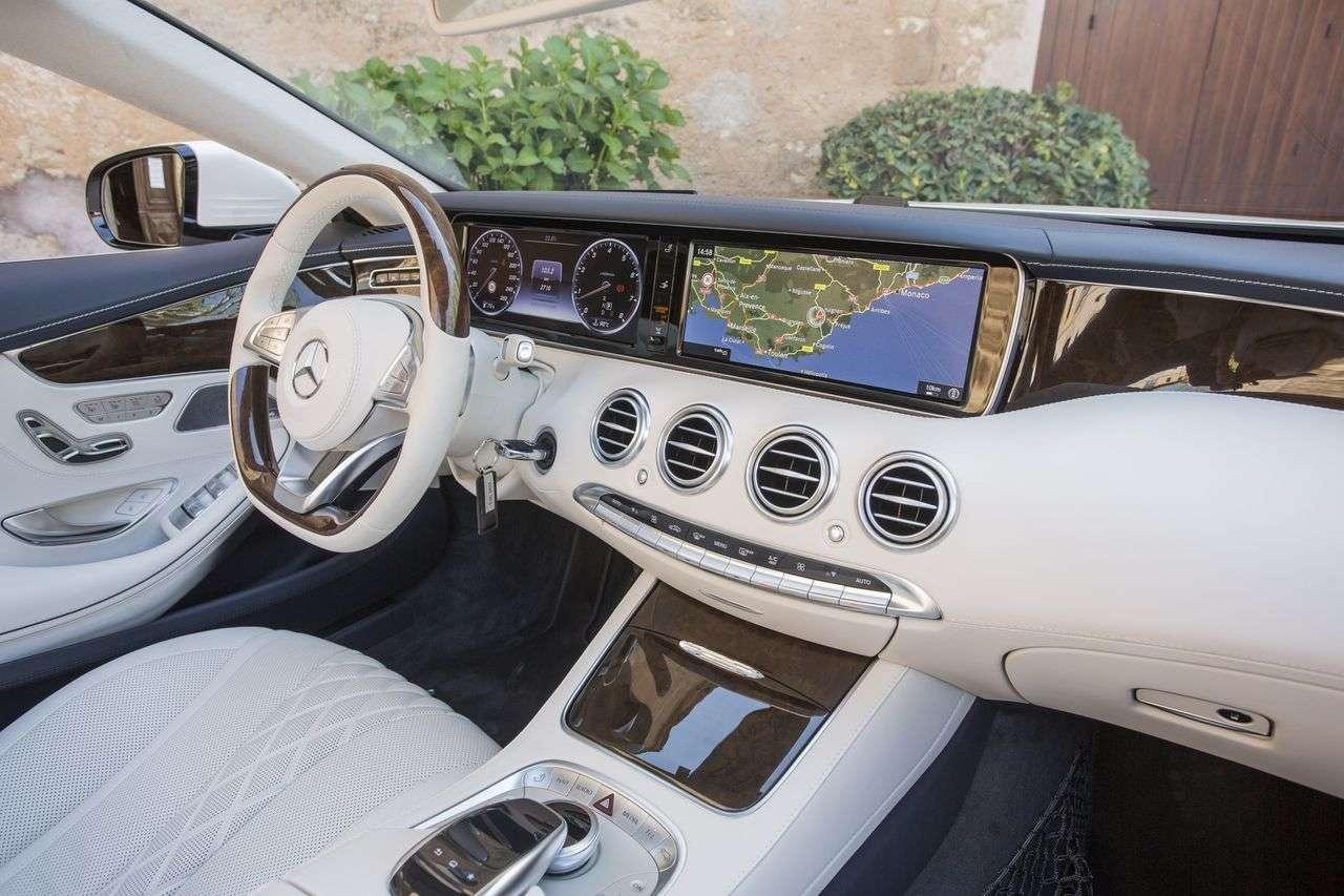 Кращим автомобілем для геїв 2017 року став Mercedes-Benz E-класу