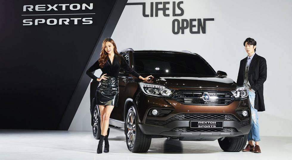 Компанія SsangYong початку продажу нового пікапа Rexton Sports