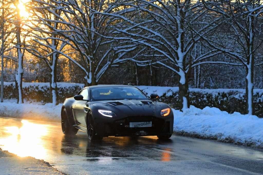 Нове покоління Aston Martin Vanquish: перші подробиці