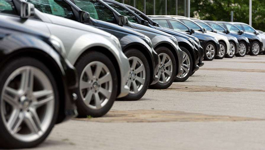 Продажі легковиків в Росії в жовтні зросли на 17,3%